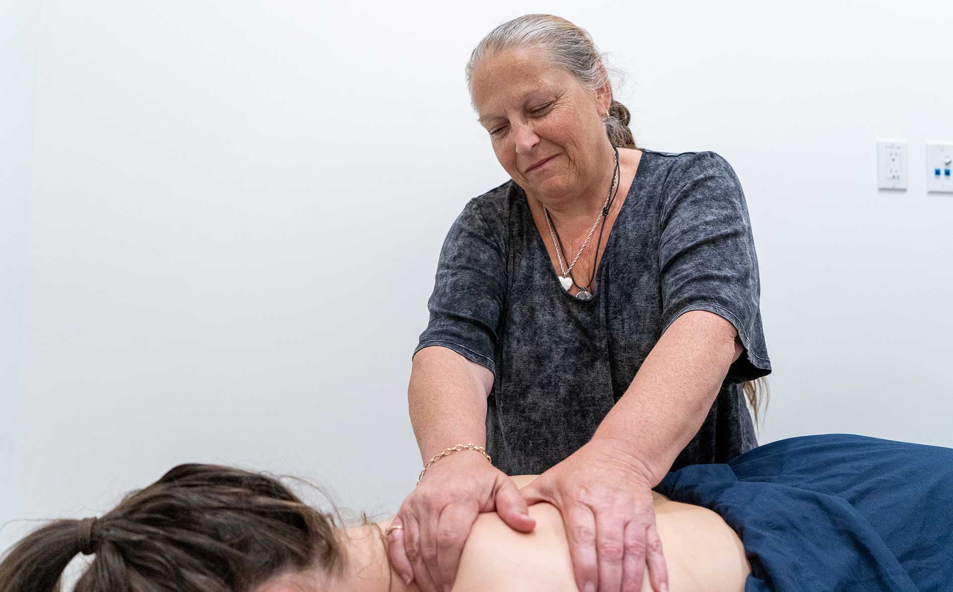 National Spine Care | Massage Therapy